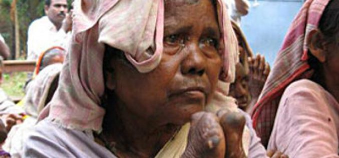 Missionaries Take God's Love to Asian Leprosy Community
