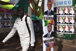 Obama Arrives in Senegal