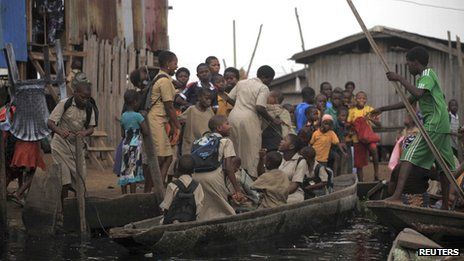 Makeshift school in Lagos: Nigeria has the most children without schools