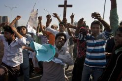Christian protesters, police clash in Pakistan