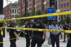 Police say 2 shooters have killed 4, injured 8 on grounds of Washington Navy Yard