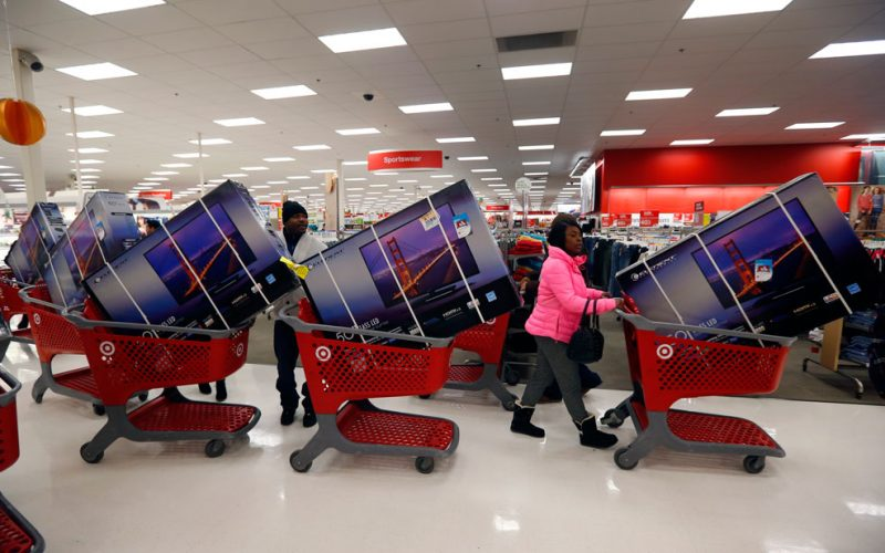 Black Friday Violence: Fights Break Out, Police Assaulted; #WalmartFights Tracks Incidents