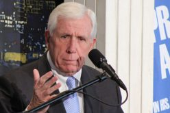 US Congress' Religious Freedom Champion Won't Seek Re-Election