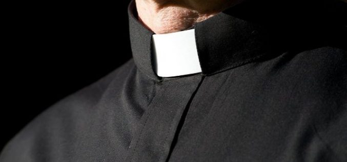 7 Warning Signs of Affairs for Pastors and Other Church Staff