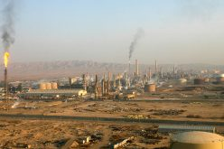 Islamic Militants Kill 21 in Attacks in Iraq, Invade Country's Biggest Oil Refinery