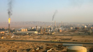 (Photo: Reuters/Thaier al-Sudani/Files) Baiji oil refinery, 180km (112 miles) north of Baghdad in this undated photo.