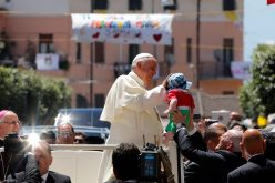 Pope Francis Declares Mafiosi 'Excommunicated' at Mass in Mafia Power Base