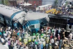 India train accident kills at least 31 in Uttar Pradesh