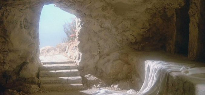 Easter: 3 Things the Empty Tomb Reveals About God