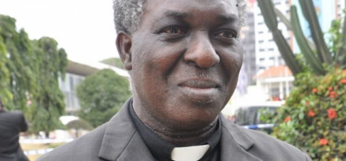 I am not a gay pastor – Rev. Frimpong Manso