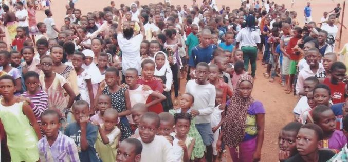 The Stay in School Foundation supports School Children in Ghana