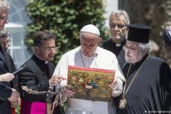 Pope Francis in Geneva urges 'unity' with non-Catholics