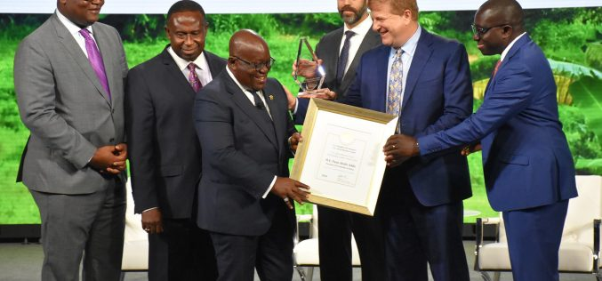PresidentsAkufo-Addo received the 2018 Outstanding Leaders' Award