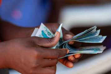 Africa 'could lose $37bn in remittances'
