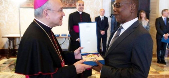 Pope Francis honours Ghana's Ambassador to the Vatican